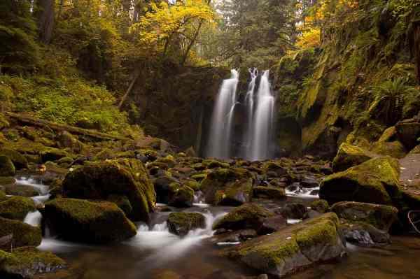 Majestic Falls in Autumn