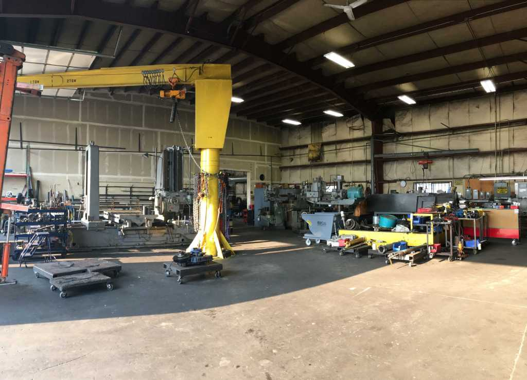 Hydraulic repair facility at DS Hydraulics in Bend Oregon