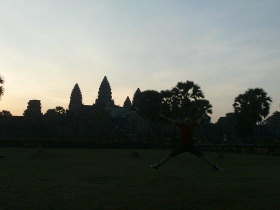 Amanece en  Angkor Wat.