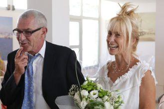 mariage d'Etienne et Brigitte : à la mairie