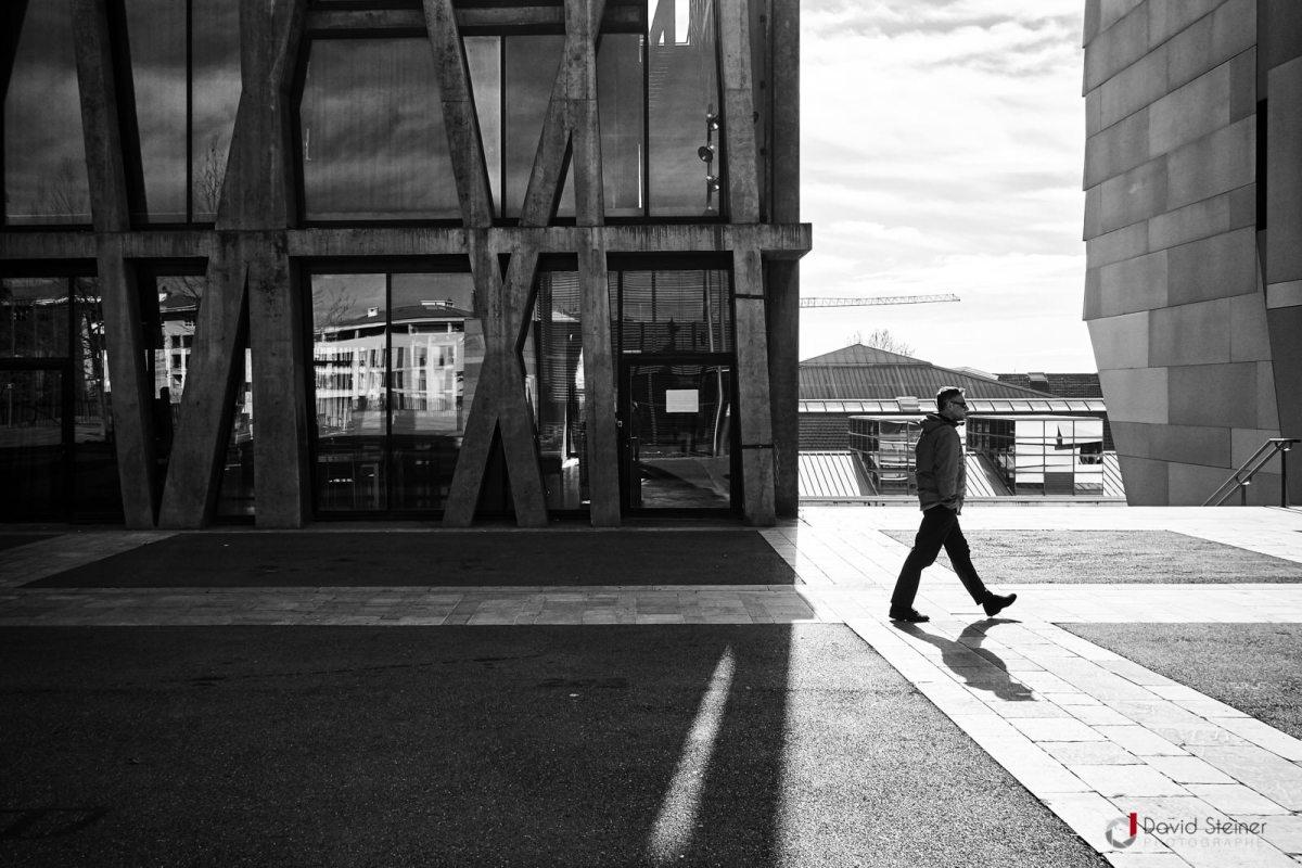 Street photo au Pavillon Noir / Bibliothèque Cézanne à Aix