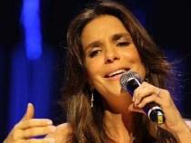 Ivete Sangalo retorna aos palcos no Reveillon Axé Moi 2012