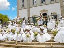 Devoção e sincretismo religioso marcam Lavagem do Bonfim