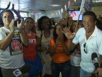 Professores entregam propostas mas greve continua