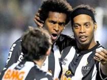 Atlético continua líder do Brasileirão