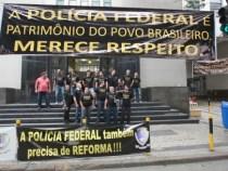 Policiais federais fazem manifestações na visita do Papa