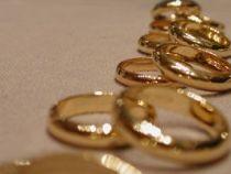 Casamento coletivo legaliza 150 casais