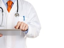 É ilegal aumentar plano de saúde depois dos 60