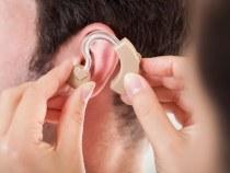 SUS fornece reabilitação para pessoas com deficiência auditiva