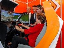 Simulador de direção é obrigatório em autoescolas