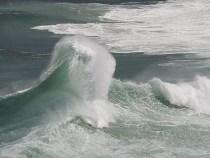 Marinha alerta: Mar Grosso com ondas de 3 metros na costa baiana