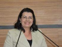 Lúcia Rocha: atenção para prevenção ao câncer de mama