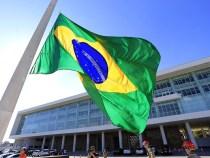 Hino retrata momento decisivo na política do Brasil
