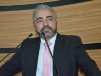 Florisvaldo questiona procedimento da Central de Regulação