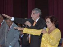 Câmara empossa vereadores, prefeito e vice-prefeita