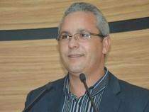 Em dia de visita do prefeito, Professor Cori faz reflexão sobre corrupção
