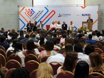 Governo reúne gestores de saúde de 364 municípios: saúde