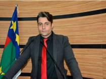 Rodrigo Moreira propõe criação do Projeto Parlamento Jovem