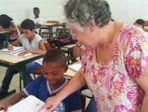 Estado concede 3 mil bolsas permanência a professores