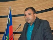 Locutores de lojas lamentam postura do Governo Herzem