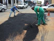 Prefeitura retoma operação tapa buracos