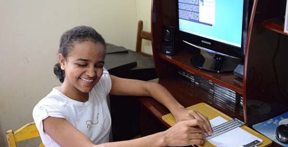 Pessoas com deficiência auditiva terão tradução de Libras