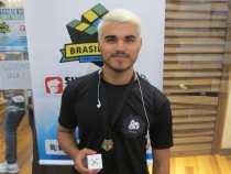 Estudante de Poções conquista o primeiro lugar no Campeonato Brasileiro de Cubo Mágico 2018