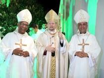 Arquidiocese de Vitória da Conquista ordena novos diáconos e padres