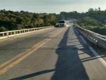 VIABAHIA inicia nova fase de reparos em ponte sobre o rio Pardo, em Cândido Sales