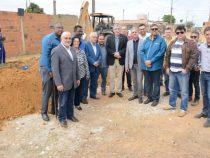 PMVC inicia pavimentação das ruas do Comveima I