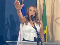 Sheila Lemos assume a Prefeitura de Conquista e Dudé preside a Câmara