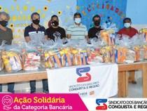 Sindicato dos Bancários de Conquista entrega uma tonelada de alimentos