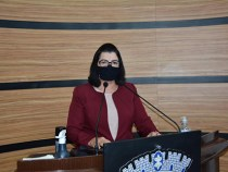 Câmara de Salvador concede Comenda Maria Quitéria para vereadora Lúcia Rocha