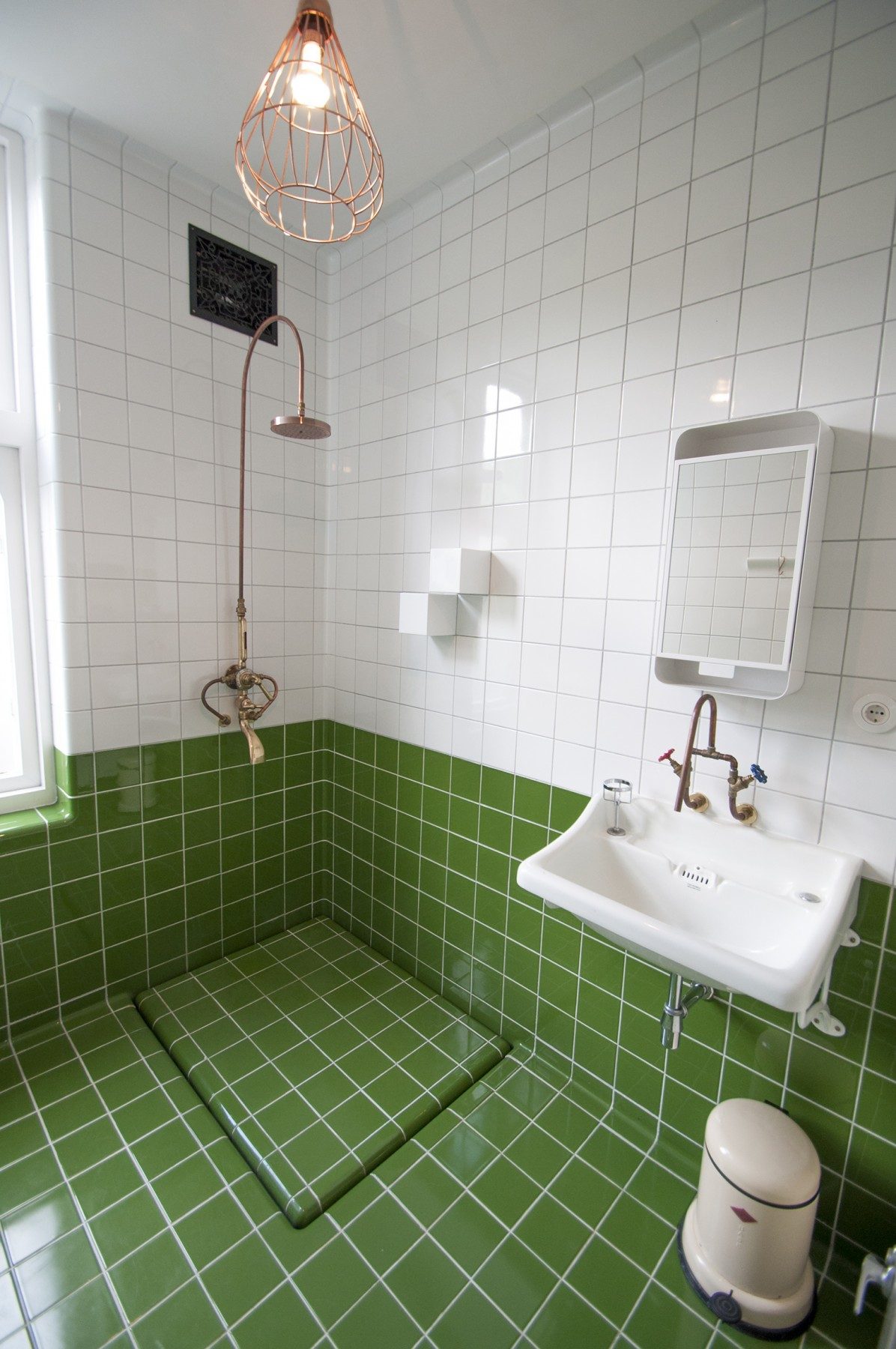 green white bathroom tiles with