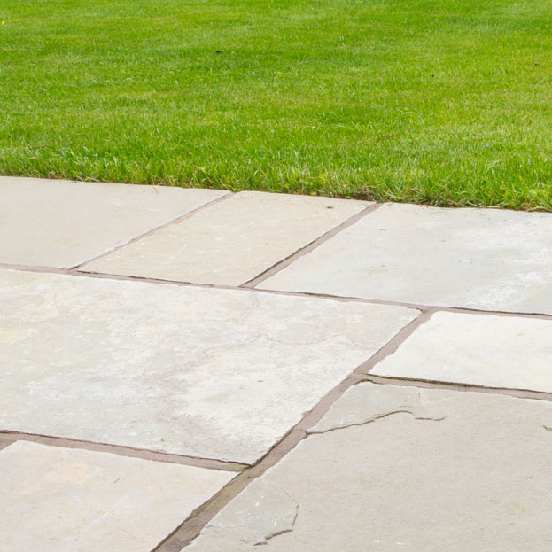 natural stone paving slabs and flagstones