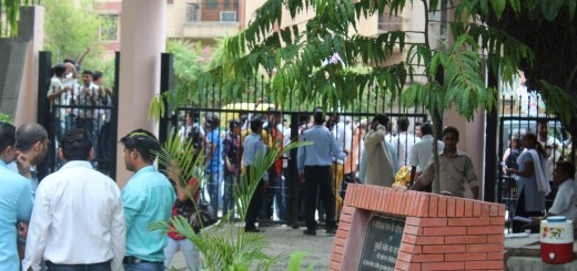 NSUI protest against UGC notification - Motilal Nehru College
