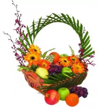 fruits basket delivery Dubai with flowers
