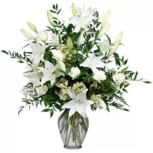 16 white lilies roses