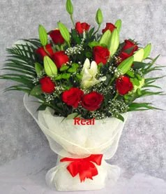 Red White Lilies Roses bouquet