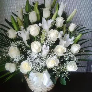 white flower basket delivery Dubai