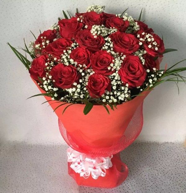 24 red roses bouquet
