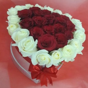 Roses Box Heart