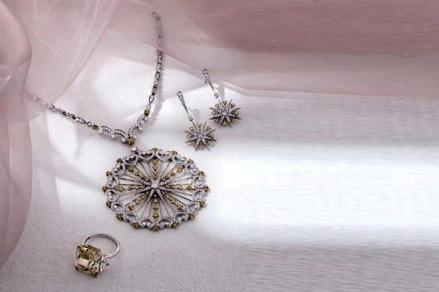 FEEL REGAL THIS RAMADAN WITH HOUSE OF GARRARD