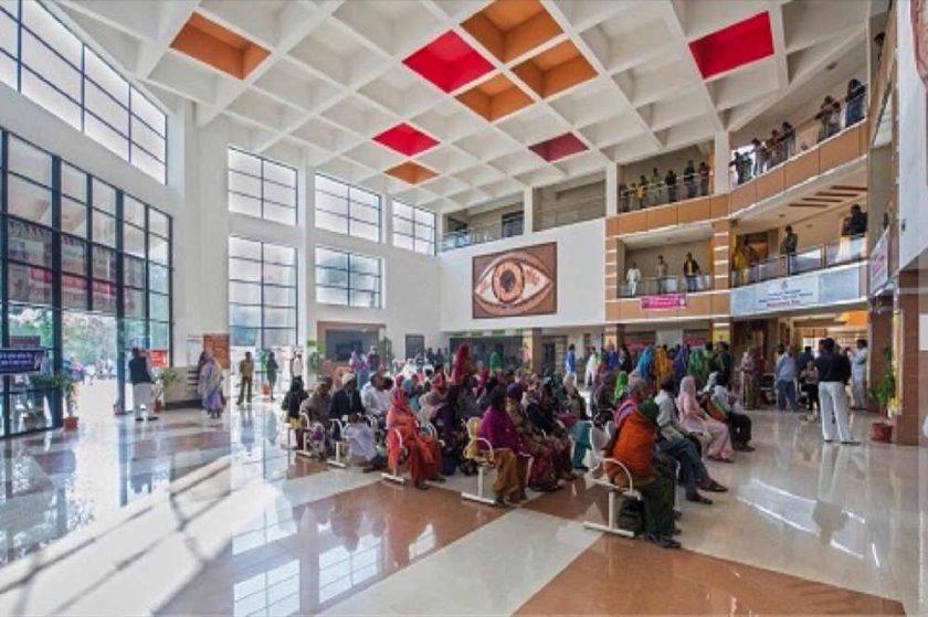 """تعزيز بصمة الإمارات العالمية فى التجارب الإنسانية من خلال """"نعمة البصر"""""""