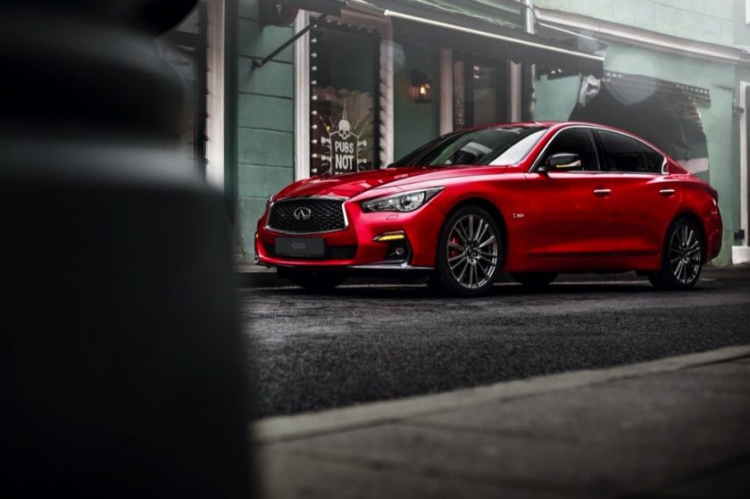 INFINITIQ50Red Sport: A Powerful Force of Engineering and Safety