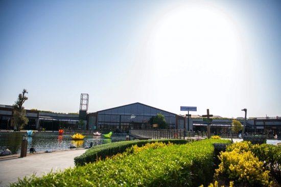 Al Khawaneej Walk opens in Dubai