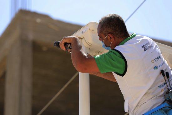 المبادرة الإماراتية 20 في 2020توفر الإنارة المستدامة لقرية في مصر