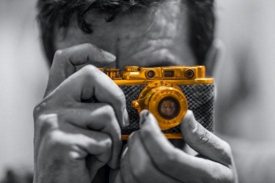 Photojournalist views SIBF 2020