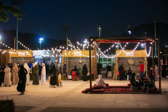 Thousands visit Khorfakkan Amphitheatre to watch epic film,