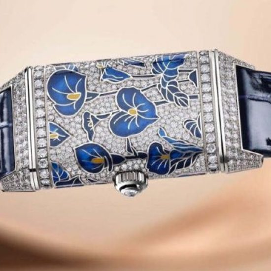 JAEGER-LECOULTRE SHINES THE SPOTLIGHT ON  RARE HANDCRAFTS™
